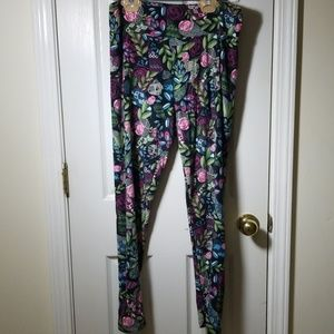 LuLaRoe tall and curvy floral leggings